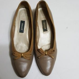 🎀BALLY🎀 womens shoes size 9.5